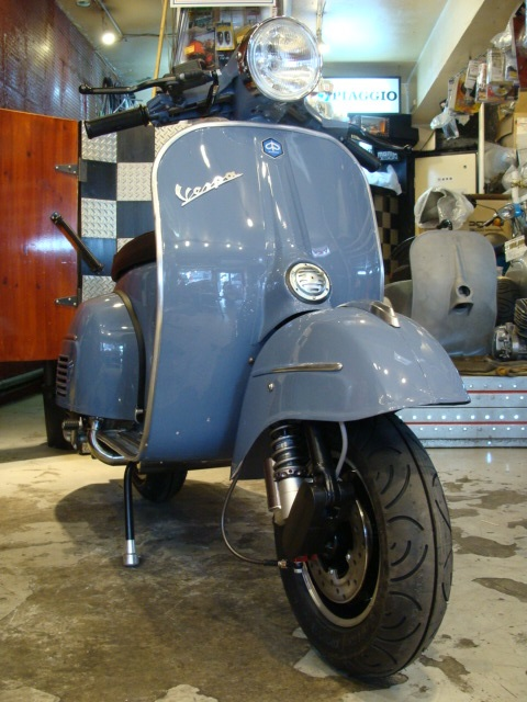 Vespa 70\\\\\\\'S Large custom